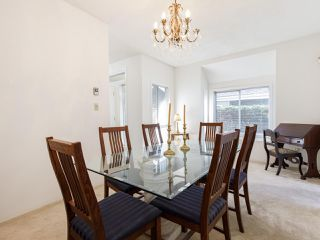 """Photo 13: 639 W 27TH Avenue in Vancouver: Cambie Townhouse for sale in """"GRACE ESTATES"""" (Vancouver West)  : MLS®# R2503796"""