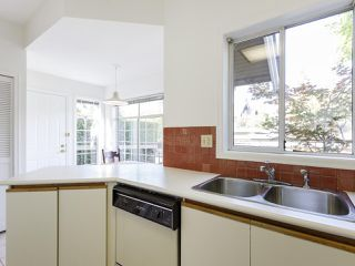 """Photo 17: 639 W 27TH Avenue in Vancouver: Cambie Townhouse for sale in """"GRACE ESTATES"""" (Vancouver West)  : MLS®# R2503796"""