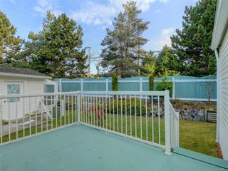 Photo 16: 5 7109 West Coast Rd in : Sk Whiffin Spit Manufactured Home for sale (Sooke)  : MLS®# 859571