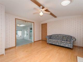 Photo 3: 5 7109 West Coast Rd in : Sk Whiffin Spit Manufactured Home for sale (Sooke)  : MLS®# 859571