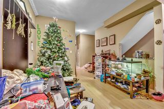 """Photo 5: 55 13899 LAUREL Drive in Surrey: Whalley Townhouse for sale in """"Emerald Gardens"""" (North Surrey)  : MLS®# R2527364"""
