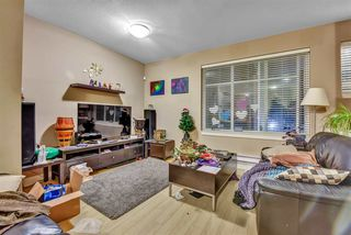 """Photo 3: 55 13899 LAUREL Drive in Surrey: Whalley Townhouse for sale in """"Emerald Gardens"""" (North Surrey)  : MLS®# R2527364"""
