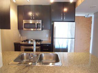 Photo 8: 907 651 Nootka Street in Port Moody: Condo for sale : MLS®# V986262