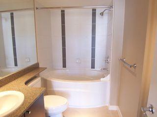 Photo 12: 907 651 Nootka Street in Port Moody: Condo for sale : MLS®# V986262