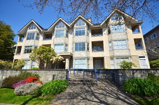 Photo 1: 203 2355 W Broadway in Vancouver: Kitsilano Condo for sale (Vancouver West)  : MLS®# V993104