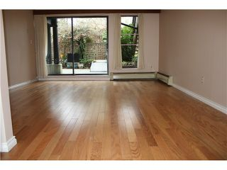 """Photo 1: 204 7377 SALISBURY Avenue in Burnaby: Highgate Condo for sale in """"THE BERESFORD"""" (Burnaby South)  : MLS®# V1039671"""