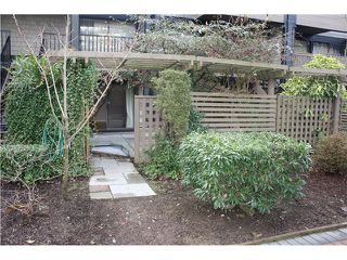 """Photo 7: 204 7377 SALISBURY Avenue in Burnaby: Highgate Condo for sale in """"THE BERESFORD"""" (Burnaby South)  : MLS®# V1039671"""