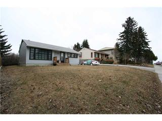 Photo 3: 1218 21 Avenue NW in CALGARY: Capitol Hill Residential Detached Single Family for sale (Calgary)  : MLS®# C3609794