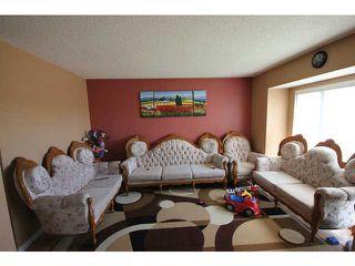 Photo 4: 158 MARTINDALE Boulevard NE in CALGARY: Martindale Residential Detached Single Family for sale (Calgary)  : MLS®# C3613352