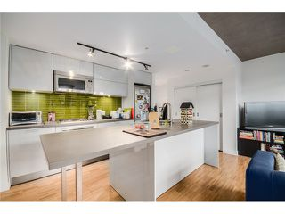 "Photo 6: 702 128 W CORDOVA Street in Vancouver: Downtown VW Condo for sale in ""Woodwards"" (Vancouver West)  : MLS®# V1066426"