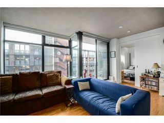 """Photo 8: 702 128 W CORDOVA Street in Vancouver: Downtown VW Condo for sale in """"Woodwards"""" (Vancouver West)  : MLS®# V1066426"""