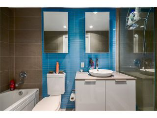 """Photo 16: 702 128 W CORDOVA Street in Vancouver: Downtown VW Condo for sale in """"Woodwards"""" (Vancouver West)  : MLS®# V1066426"""