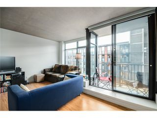 "Photo 9: 702 128 W CORDOVA Street in Vancouver: Downtown VW Condo for sale in ""Woodwards"" (Vancouver West)  : MLS®# V1066426"