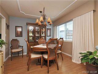 Photo 7: 305 1157 Fairfield Rd in VICTORIA: Vi Fairfield West Condo for sale (Victoria)  : MLS®# 684226