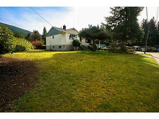 Photo 3: 4378 CHEVIOT Road in North Vancouver: Forest Hills NV House for sale : MLS®# V1111023