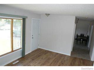 Photo 3: 1560 REGENT Street in Regina: Glen Elm Park Single Family Dwelling for sale (Regina Area 03)  : MLS®# 538664