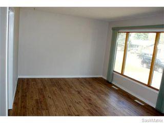 Photo 9: 1560 REGENT Street in Regina: Glen Elm Park Single Family Dwelling for sale (Regina Area 03)  : MLS®# 538664