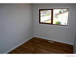 Photo 15: 1560 REGENT Street in Regina: Glen Elm Park Single Family Dwelling for sale (Regina Area 03)  : MLS®# 538664