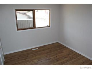 Photo 11: 1560 REGENT Street in Regina: Glen Elm Park Single Family Dwelling for sale (Regina Area 03)  : MLS®# 538664