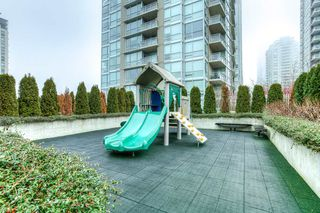 "Photo 17: 4203 2955 ATLANTIC Avenue in Coquitlam: North Coquitlam Condo for sale in ""THE OASIS"" : MLS®# R2023186"