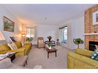 Photo 4: 105 1110 Oscar St in VICTORIA: Vi Fairfield West Condo Apartment for sale (Victoria)  : MLS®# 719434
