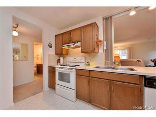 Photo 7: 105 1110 Oscar St in VICTORIA: Vi Fairfield West Condo Apartment for sale (Victoria)  : MLS®# 719434