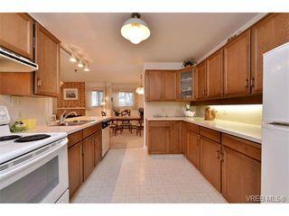 Photo 6: 105 1110 Oscar St in VICTORIA: Vi Fairfield West Condo Apartment for sale (Victoria)  : MLS®# 719434