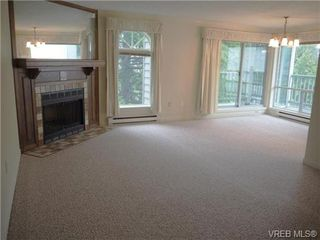 Photo 1: 303 720 Vancouver St in VICTORIA: Vi Fairfield West Condo for sale (Victoria)  : MLS®# 720572