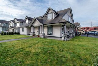 Photo 2: 8499 FENNELL Street in Mission: Mission BC House for sale : MLS®# R2031857