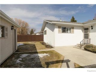 Photo 19: 218 Whitegates Crescent in Winnipeg: Westwood / Crestview Residential for sale (West Winnipeg)  : MLS®# 1605773