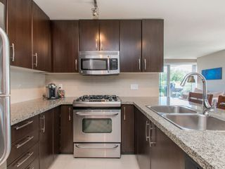 Photo 12: 608 651 NOOTKA Way in Port Moody: Port Moody Centre Condo for sale : MLS®# R2067313