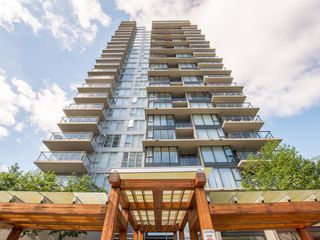 Photo 1: 608 651 NOOTKA Way in Port Moody: Port Moody Centre Condo for sale : MLS®# R2067313