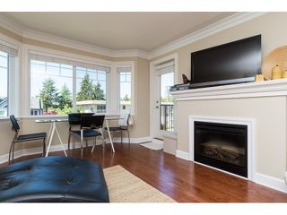 "Photo 10: PH5 15357 ROPER Avenue: White Rock Condo for sale in ""REGENCY COURT"" (South Surrey White Rock)  : MLS®# R2068178"