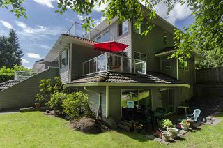 Photo 2: 3258 STRATHAVEN Lane in North Vancouver: Windsor Park NV House for sale : MLS®# R2079929