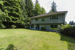 Photo 3: 3258 STRATHAVEN Lane in North Vancouver: Windsor Park NV House for sale : MLS®# R2079929
