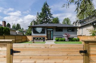 Photo 2: 328 E 22ND Street in North Vancouver: Central Lonsdale House for sale : MLS®# R2084108