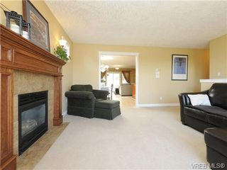 Photo 3: 2587 Crystalview Drive in VICTORIA: La Atkins Single Family Detached for sale (Langford)  : MLS®# 367923