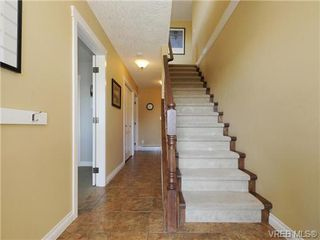 Photo 8: 2587 Crystalview Drive in VICTORIA: La Atkins Single Family Detached for sale (Langford)  : MLS®# 367923