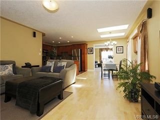 Photo 6: 2587 Crystalview Drive in VICTORIA: La Atkins Single Family Detached for sale (Langford)  : MLS®# 367923