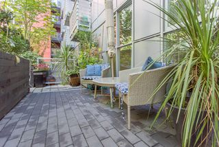 """Photo 15: 217 168 POWELL Street in Vancouver: Downtown VE Condo for sale in """"SMART"""" (Vancouver East)  : MLS®# R2100187"""