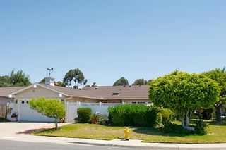 Photo 1: UNIVERSITY CITY House for sale : 3 bedrooms : 7405 BOVET WAY in San Diego