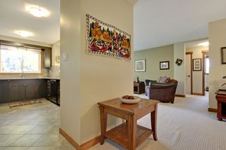 Photo 4: 312 50 Avenue SW in Calgary: Apartment for sale : MLS®# C3641138