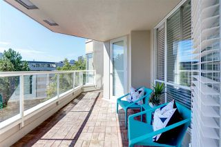 """Photo 15: 607 518 MOBERLY Road in Vancouver: False Creek Condo for sale in """"Newport Quay"""" (Vancouver West)  : MLS®# R2106407"""