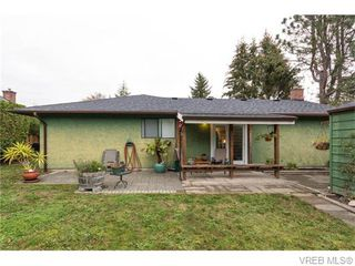 Photo 20: 1907 Cultra Avenue in SAANICHTON: CS Saanichton Single Family Detached for sale (Central Saanich)  : MLS®# 371379