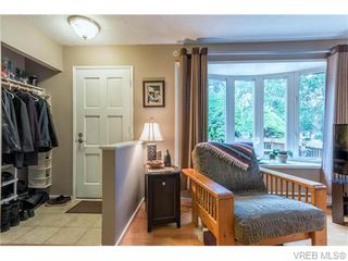 Photo 3: 1907 Cultra Avenue in SAANICHTON: CS Saanichton Single Family Detached for sale (Central Saanich)  : MLS®# 371379