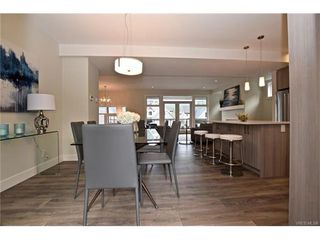 Photo 7: 819 Ashbury Ave in VICTORIA: La Olympic View House for sale (Langford)  : MLS®# 746742