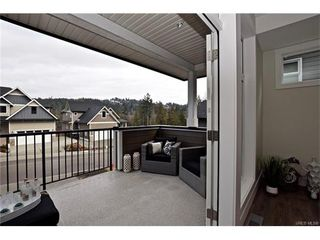 Photo 9: 819 Ashbury Ave in VICTORIA: La Olympic View House for sale (Langford)  : MLS®# 746742