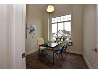Photo 8: 819 Ashbury Ave in VICTORIA: La Olympic View House for sale (Langford)  : MLS®# 746742