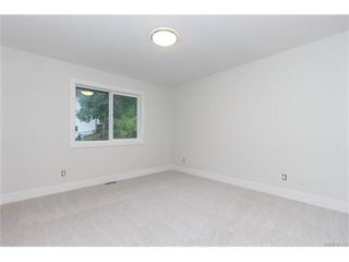 Photo 13: 819 Ashbury Ave in VICTORIA: La Olympic View House for sale (Langford)  : MLS®# 746742