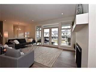 Photo 3: 819 Ashbury Ave in VICTORIA: La Olympic View House for sale (Langford)  : MLS®# 746742